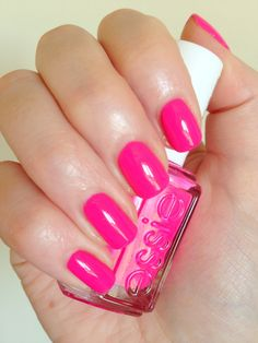 Neon pink nail polish 'Lights' by Essie - nails by Dazy Graves
