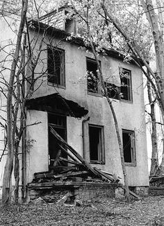 """""""The Blair Witch Project"""" House (1999) 