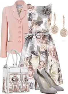 Vestido cinza e rosa, sapatos cinza e casaco rosa.