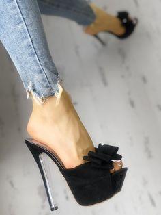 high heels – High Heels Daily Heels, stilettos and women's Shoes Sexy High Heels, Frauen In High Heels, High Shoes, Platform High Heels, Lace Up Heels, High Heels Stilettos, Womens High Heels, Knee High Boots, Stiletto Heels