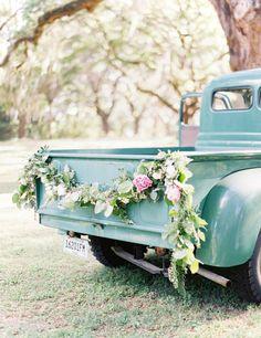 Rustic Wedding Vintage Turquoise Truck Garland Wedding, Wedding Flowers, Romantic Flowers, Wedding Bells, Floral Wedding, Perfect Wedding, Dream Wedding, Wedding Cars, Elegant Wedding