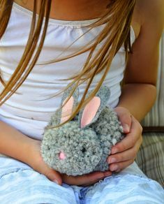 Pom Pom Bunnies .....Have a Super Bunny Birthday Party... Awesome http://www.ikatbag.com/2014/07/bunny-party-bunnies.html