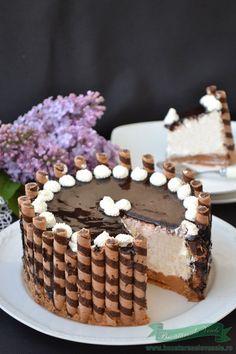 Cheesecake cu mascarpone Baking Recipes, Cookie Recipes, Dessert Recipes, Baking Ideas, Sweet Pastries, Dessert Decoration, Sweet Tarts, Dessert Bars, No Bake Cake