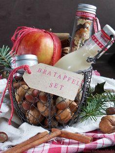 Ihr Lieben. Geht es Euch auch so, das Weihnachten immer viel zu schnell vor der Tür steht? Wochenlang denkt man, das man noch massig...
