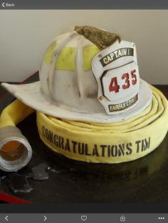 Firehelment cake