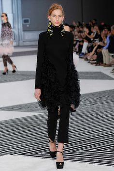 Giambattista Valli Fall 2015 Couture Fashion Show - Sasha Pivovarova