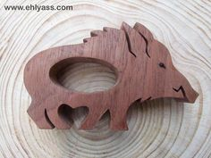 Napkin ring wooden wild boar 2 fretwork thick