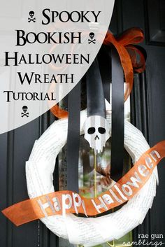 Halloween Wreath - Rae Gun Ramblings #diy #halloween #craft #HalloweenMP