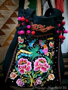 Polish ethnic bag - Ethnic Patterns and Folklore in Design