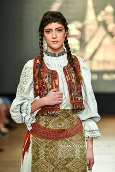 "ro ""Romanian Fashion Philosophy is an exclusive, international fashion event with designers from all over the world. This is the place where style, beauty, designers, re… Renaissance Dresses, International Fashion, Philosophy, Sari, Traditional, Costumes, Romania, Blouse, Folk"