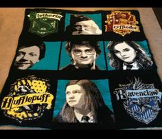 After THREE years, full size Harry Potter-themed blanket is complete! Crochet Afgans, C2c Crochet, Crochet Cross, Freeform Crochet, Crochet Gifts, Harry Potter Crochet, Harry Potter Quilt, Afghan Patterns, Crochet Patterns