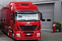Commercialmotor.com - Biglorryblog hears that once again Iveco teams up with Ferrari