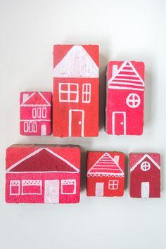 DIY: Painted Bricks for the Garden