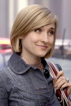 Allison Mack - Smallville (scarf)