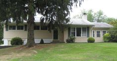 6 Riddlewood Dr Media, PA 19063 home for sale Delaware County more info here: http://www.anthonydidonato.net/wordpress/2015/11/19/6-riddlewood-delaware-county/