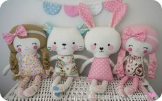 409229_10150563659034749_180966874748_8725659_686917619_n, via Flickr.  Handmade dolls from Dolls and Daydreams patterns.  So cute!
