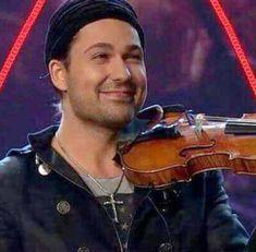 David David Garrett, Irish Instruments, Violin, Handsome, Christian, Actors, My Love, Photography, Beautiful