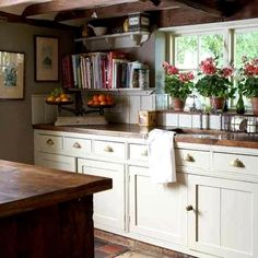 Country Cottage Kitchen Decor - English Country Cottage Decor Sweet English Country Kitchens 23 Best Cottage Kitchen Decorating Ideas And Designs For 2020 French Cottage Kitchen Insp. English Country Kitchens, English Country Decor, Kitchen Country, Vintage Country, Country Chic, Vintage Wood, Country Interior, Country Living, French Country