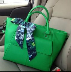 Thirty~One Gifts  Jewell Collection Diamond District in Gatsby Green  https://www.mythirtyone.com/joyousjen/