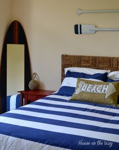 Simple Tips for Creating a {Beach-Themed Bedroom!}