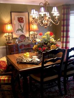 Amazing Elegan French Country Dining Room Design Ideas – Home/Decor/Diy/Design French Country Rug, French Country Dining Room, French Country Kitchens, Country Farmhouse Decor, French Decor, French Country Decorating, Country Lounge, French Style Chairs, Country Kitchen Designs