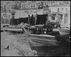 Μικρολίμανο, 1954 Old Photos, Vintage Photos, Greece Photography, Athens, Greek, Memories, Explore, History, Retro