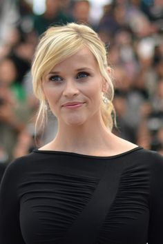 Reese, beleza e simplicidade - gosto do (des)penteado