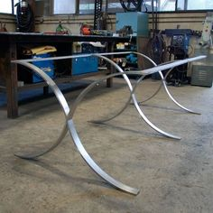 Great DR table legs - from www.sarabistudio.com