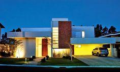 Decor Salteado - Blog de Decoração | Construção | Arquitetura | Paisagismo: Fachadas de casas modernas com paisagismo e iluminação!