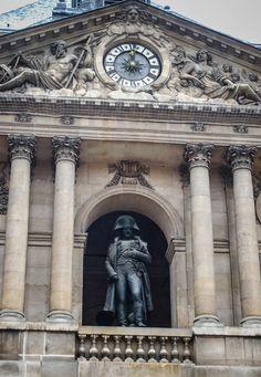 https://flic.kr/p/4t7sJo   Paris France -  Napoleon I's statue in the Cour d'honneur in Les Invalides   Paris France - Napoleon statue in Les Invalides  Napoleon I's statue in the Cour d'honneur