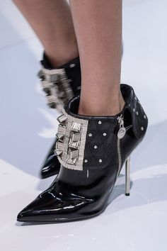 Versace Fall 2013 Ready-to-Wear... these are so hot.