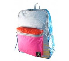 7e675b881d84 Bags made from recycled sails from kitesurfing