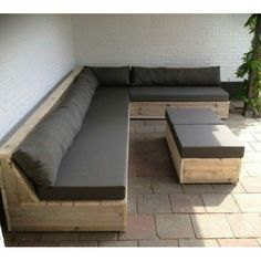 Lounge garden furniture & outdoor lounge furniture - lounge set with murry PolsterWayfair.de lounge set with murry PolsterWayfair. Outdoor Furniture Plans, Deck Furniture, Diy Pallet Furniture, Furniture Design, Pallet Couch, Pallet Furniture Plans Step By Step, Rustic Furniture, Furniture Ideas, Modern Furniture