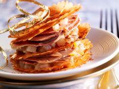 Découvrez la recette Mille-feuilles de foie gras et fruits épicés sur cuisineactuelle.fr.
