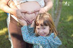 a beleza da vida registrada num click ? fotografia de gestante, recém-nascidos estilo newborn, crianças, 15 anos, casal e família em Ibitinga - SP fb.com/lucianareisfotografia