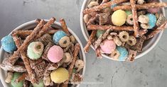 With only 5 ingredients and less than 5 minutes you can whip up thisEaster Snack Mix, aka Bunny Munch!! It's a super easy treat for both kids and adults!