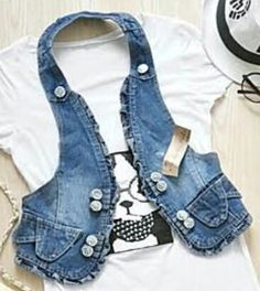Remake Clothes, Diy Clothes And Shoes, Chaleco Casual, Gilet Jeans, Sewing Scarves, Denim Vests, Recycle Jeans, Jeans Material, Old Jeans