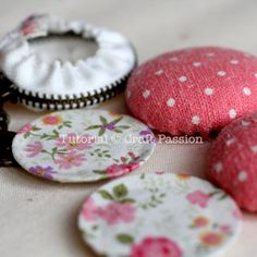 Sew | Macaron Coin Purse | Free Pattern & Tutorial at CraftPassion.com