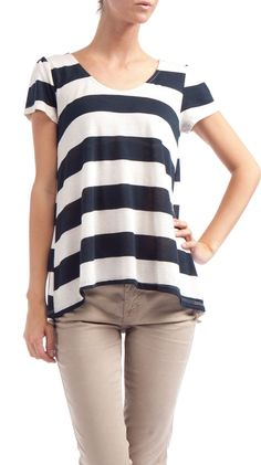 Love this striped top >> another super cute, easy top to make