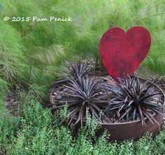 I heart foliage! July Foliage Follow-Up | Digging