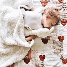 bébé dort <3