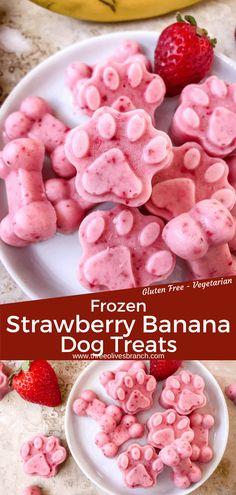 Dog Cake Recipes, Easy Dog Treat Recipes, Dog Biscuit Recipes, Dog Food Recipes, Banana Dog Treat Recipe, Banana Treats, Puppy Treats, Diy Dog Treats, Healthy Dog Treats