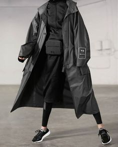 Mode Cyberpunk, Cyberpunk Clothes, Cyberpunk Fashion, Edgy Outfits, Cool Outfits, Fashion Outfits, Style Androgyne, Concept Clothing, Androgynous Fashion