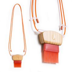 Emily Culver Necklace: Brush Set, 2015 Maple wood, rubber, acrylic, paint Photo by: Emily Culver © By the author. Read Klimt02.net Copyri