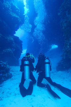Spectacular Dive Sites You Have to See to Believe Top 10 Scuba diving locations - 1 down, 9 to go!