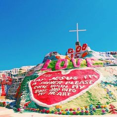 Salvation Mountain is one of our favorite places! Thanks for sharing, @sophlog