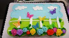 Cupcake cake Sheet Cake Designs, Cupcake Cake Designs, Cupcake Cakes, Pull Apart Cupcake Cake, Pull Apart Cake, Cake Decorating Frosting, Cake Decorating Tips, Spring Cake, Summer Cakes