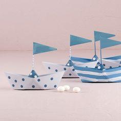 Les 6 bateaux en métal boites à dragées