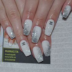 Mamacita @nailsbyeffi VÄLKOMMEN ATT BOK...Instagram photo | Websta (Webstagram)
