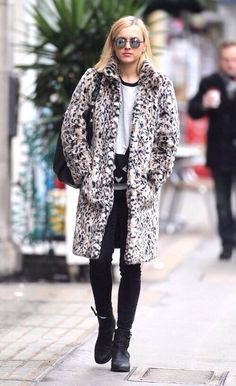Fearne Cotton Celeb Style, Style Me, Fearne Cotton, You Look Pretty, Leopard Coat, Rock Chick, Cotton Style, Winter Fashion, Outfit Ideas